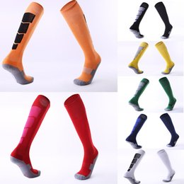 Discount hose body - Free DHL Non-slip Over knee Football Stockings Thicken Towel Bottom Socks Hose Outdoor Sport Socks 8 Styles Custom LOGO