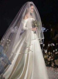 2T Velo da sposa lungo 1.5m Larghezza 3m Lunghezza Bianco / Avorio Tulle Ribbon Edge Due strati Velo da sposa Veli da sposa all'ingrosso in Offerta