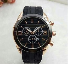 $enCountryForm.capitalKeyWord NZ - Hot Sale 2019 New Fashion Dress Luxury Design Men Watch Casual Rubber Strap Quartz Watch Montre Clock Relojes De Marca Wristwatch Wholesale