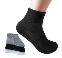 c346ba9b03954 2018 HOT SALE Fashion bamboo fiber Male socks Sporting socks Brand Casual  dress men's sock for black white gray,10pcs=5pairs lot