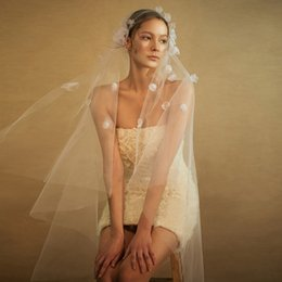 White Elbow Length Veils Australia - 2018 Cheap Wedding Veils 3D Floral Applqiue Tulle Elbow Length One Layer Bridal Accessories White Ivory With Comb Cheap Hair Accessories