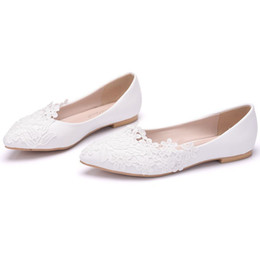 New Beautiful White Color Women Flats lace Flowers Pointed Toe Flats  elegant bride Wedding Shoes Plus Size beautiful handmade flats cc3067703454