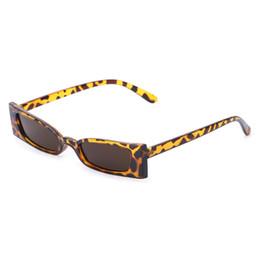 Chinese  2018 Chic Women Sun UV400 Brand Designer Sunglasses Vintage Fashion Small Lens manufacturers