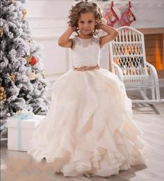 84dd80983ff0 ... mercato Fiore Ragazze Abiti Per Matrimoni Illusion Neck Lace Bianco  Avorio Telai Ruffles Party Princess Bambini Bambini Festa Di Compleanno Abiti  2018