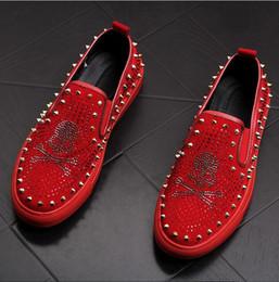 c28674e1b8f 2019 New Style skull Men loafers Black Diamond Rhinestones Spikes men shoes  Rivets Casual Flats sneakers S183