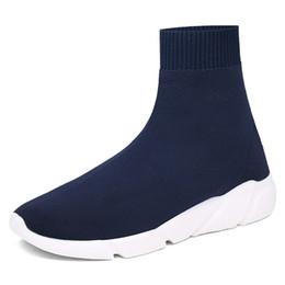 Venta al por mayor de 2018 CALIENTE NUEVO Speed Sock Zapatos de entrenador de alta calidad para hombres y mujeres Zapatos Speed Stretch-knit de tamaño medio Eur 36-45