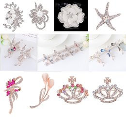 Discount rhodium silver plated rhinestone crystal flower - Mixed style Crystal Brooch Pins Women Flower Starfish brooches Gold Silver Alloy Jewelry Party Wedding Bridal Brooch Jew