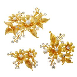 Flower Hair Clip Vintage Australia - 3 Pcs Hair Ornaments Gold Flower Bridal Hair Clip Jewelry Pearl Clip Bridal Headdress Vintage Wedding Hair Accessories