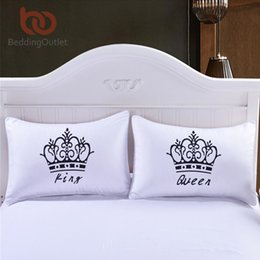 Wholesale 2 Pieces Royal Crown home Pillow Case Queen And King Designer Pillow Covers Decorative Couple Pillow Shams For Gift