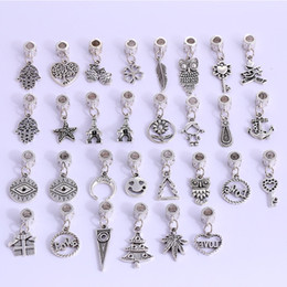 exquisite accessories NZ - 30 Set Random Creative Alloy Key Palm Pendant DIY Jewelry Accessories Bracelet Handmade Exquisite Material Support FBA Drop Shipping H5F