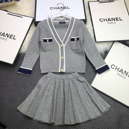 Long Upper Suit Canada - 2018 new children's college wind casual suit with 70 rabbit cashmere 30% cotton, upper body effect is super nice