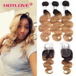 Venta al por mayor de Paquetes brasileños para el cabello Ombre con cierre Body Wave Two Tone Ombre Color T1b / 27 Dark Roots Blonde 3 Bundle con cierre Hotlove