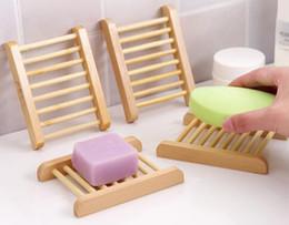 100PCS Natural de bambu Bandejas Atacado Soap madeira saboneteira Wooden Tray Titular rack placa Box Container para o banho chuveiro casa de banho em Promoção