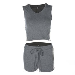 short stripped dress UK - Focal20 Streetwear Women Fashion Side Stripped Tank Top And Eiastic Shorts Two Piece Set Crop Top And Sporting Shorts Women Sets