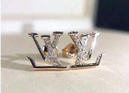 Toptan satış Earing Büyük Kristal Gül Altın Gümüş Kulak Ceketler Takı Kadınlar Için Yüksek Kalite Yaprak Kulak Klipler Damızlık Küpe Beyaz Rhinestone
