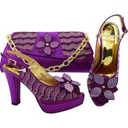 3c6b20b4919 Zapatos italianos para damas y conjunto de bolsos decorados con diamantes  de imitación Mujer Conjunto de zapatos y bolsos italianos Conjunto de  zapatos y ...