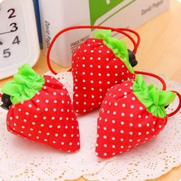 $enCountryForm.capitalKeyWord Canada - New Eco-friendly Storage Handbag Reusable Strawberry Foldable Shopping Bags Portable Storage Handbag Nylon Beautiful Reusable Tote Bag