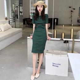 $enCountryForm.capitalKeyWord NZ - 2018 summer new women's color stripes slim Slim short-sleeved T-shirt bag hip split skirt temperament two-piece suit