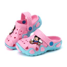 ee5c59f8d 2016 Nueva moda niños zapatos de jardín niños dibujos animados sandalia  bebés zapatillas de verano de alta calidad niños jardín sandalias de los  niños