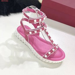 flat sandals for women pink Canada - Fashion sandals for women ,new arrivel ,top quality,flat sandals,three colors for choosing,free shipping