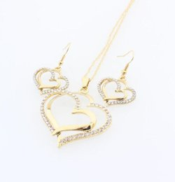 4699c5133e53 Conjunto de collar de corazón de cristal Conjunto de collar de diamantes de  boda de la boda Conjunto de encanto de cristal de moda Joyas de plata  chapado en ...