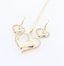 China Crystal Heart Necklace Set Valentine Wedding Diamond Necklace Earring Set Fashion Luxury Crystal Charm Gold Plated Silver Jewelry cheap jewelry valentines day gift suppliers