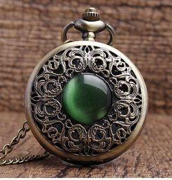 Pendenti di collana di pietra di giada imitazione cava in bronzo decorato Dan Decorazione verde presenta P267 Chian Men Women Pocket Watch