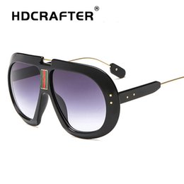 sunglasses designs NZ - 2018 New Ladies Fashion Sunglasses Women Brand Design Oversized Sunglasses Mirror Vintage Sun Glasses For Women Shades Eyewear
