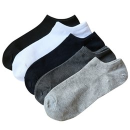 sock slippers men 2018 - Summer Thin Cotton Boat Socks For Men Fashion Invisible Ankle Socks Male Sock Slipper 5pairs  Lot discount sock slippers