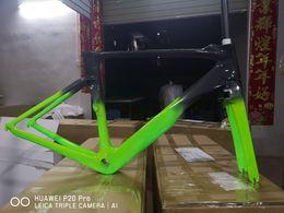 Discount 58cm frame - 2019 carbon bike frame oem logo glossy finished full bike frameset in carbon newest color green black frame with handleb