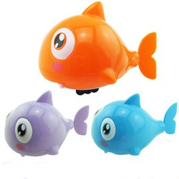 Mini plastic aniMal toys online shopping - Wind Up Toys Simulation Shark Multicolor Winding Mechanism Mini Originality Toys For Baby Swimming New Arrive hh Z