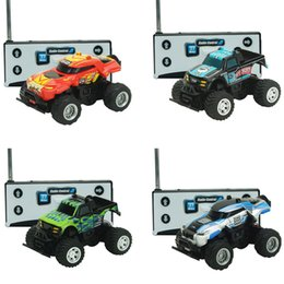rc gifts 2019 - Mini Rc Car Creative Portable Remote Control Kids Children Toy Car Present Gift Remote Control Car cheap rc gifts