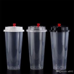 Ingrosso Tazze di plastica usa e getta da 700 ml 24h Addensare a iniezione di latte resistente al calore Tazza di tè Bevande calde trasparenti Succo di caffè Tazza con coperchio 135y YY