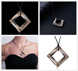 $enCountryForm.capitalKeyWord Australia - Fashion Women Geometric Square Shape Artificial Crystal Pendant Necklace Jewelry Home Party Pretty Gifts Free Shipping