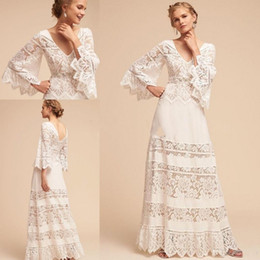 Sexy bell Sleeve wedding dreSSeS online shopping - 2020 Country Style Hippie Wedding Dresses Lace Bell Sleeve Plus Size V neck BHLDN Full length Lace Chiffon Bohemian Wedding Bridal Gowns