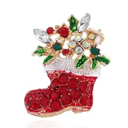 $enCountryForm.capitalKeyWord Canada - Christmas Gift Beautiful Rhinestone Winter Snowflake Brooches And Christmas Red Sock Pins Shinny Brooches For Girls Fashion Jewelry