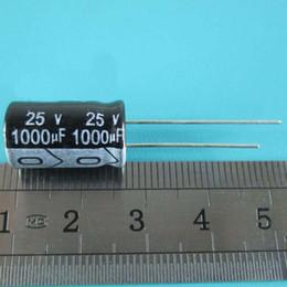 10PCS / LOTE 25v 1000uf 10 * 17 condensador electrolítico de aluminio 1000uF 25v 10x17mm en venta