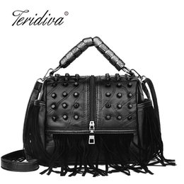 $enCountryForm.capitalKeyWord Australia - All-match Genuine Leather Women Handbags Designer Tassel Female Shoulder Bags Rivet Woman Crossbody Bag Ladies Punk Messenger