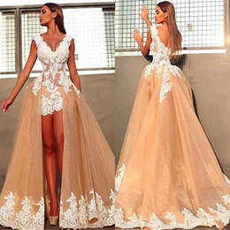 Lace Wedding Dresses Australia - Colorfull A Line Wedding Dresses V Neck White 3D Floral Applique 2018 Lace Backless Sheath Overskirts Short Mini Bohemian Beach Bridal Gowns