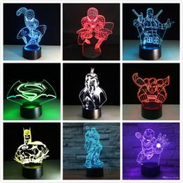 Toptan satış Yeni Marvel Avengers Batman Deadpool Kaptan Amerika Ironman USB Dokunmatik 7 Renk Değişimi Gece işık Led Glow Karanlık Action Figure Oyuncak Çocuk