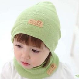 501047a54843f Nuevo niño orejeras bufanda sombrerería conjunto otoño e invierno signos de  piel niños hombres y mujeres princesa collar conjunto al por mayor