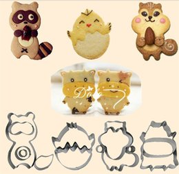 Wholesale Animal Biscuit Mold Set Cute Cartoon Bear Puppy Cake Mould For Kitchen Bar Gifts Desserts Accessories Small Cakes Baking Moulds as Y