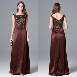 Vintage Lace Mother Bride Canada - 2018 Newest Brown Long Slit Mother Of The Bride Dresses with Capped Sleeves Vintage Lace Formal Evening Dress Party Gowns