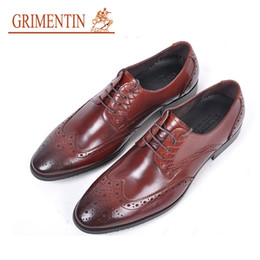 $enCountryForm.capitalKeyWord Australia - GRIMENTIN Hot sale Italian fashion designer mens dress shoes genuine leather male oxford shoes pointed toes formal business mens shoes RC