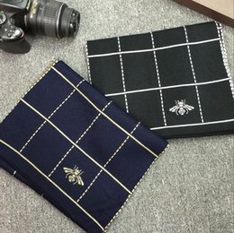 Blanket Scarfs NZ - New European and American monochrome geometric plaid bee pattern knit men's scarf warm knitted wool scarf blanket large wide plaid scar