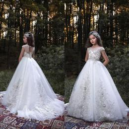 Discount organza lace fabric wedding dress - Charming Kids Dresses Noble Short Sleeve Boat Neck Girls Formal Dresses 3D Flower Appliques Organza Fabric Wedding Flowe