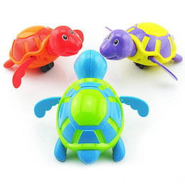 turtle novelty toys Australia - Little Turtle Baby Bath Toys Novelty Cute Wind Up Water Diver Plastic Exercise Grip Ability Pool Toy for Kids