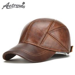 2018 nuevos sombreros de invierno con orejas flaps gorras de béisbol de  cuero genuino hombres Z-5294 7f7e0a85e4c