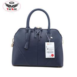 $enCountryForm.capitalKeyWord Canada - Wholesale-Famous Brand Women Handbags Fashion Shoulder Bags Celebrity Ladies Bags High Quality Designer Tote Party Shell Bag Sac Femme S19