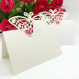 China Laser Cut Place Cards With Butterfly Paper Carving Seating Cards Party Table Decorations Name Cards for Weddings PC54 suppliers